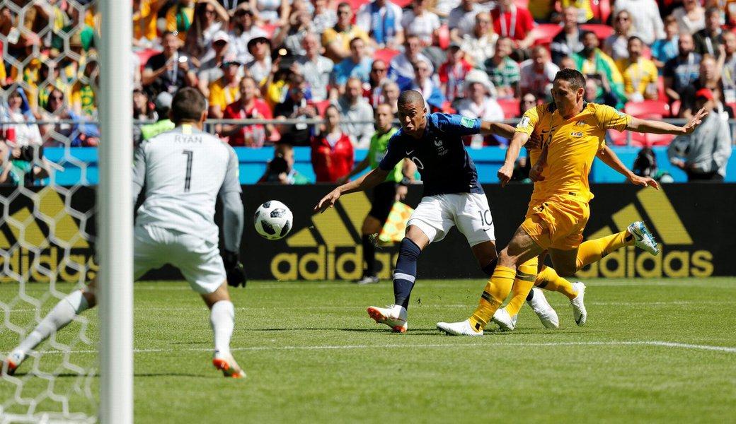 Copa do Mundo: França 2 Austrália 1 primeira rodada do grupo C da Copa da Rússia