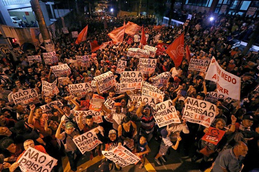 Vigília democrática em solidariedade à Lula. Sindicato dos Metalúrgicos do ABC. 05.04.2018 Foto: Adonis Guerra/SMABC