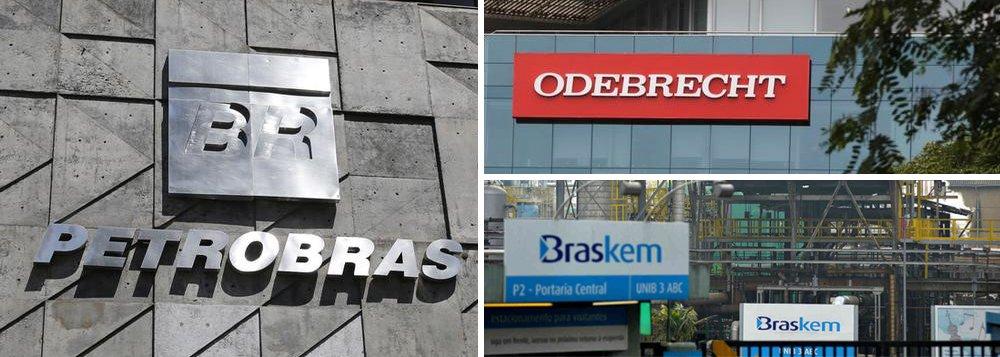 A Petrobras foi informada sobre tratativas entre Odebrecht e LyondellBasell envolvendo a venda da fatia da empreiteira na Braskem e que, caso a negociação seja finalizada com êxito, irá avaliar o exercício de direitos previsto no Acordo de Acionistas da Braskem; Odebrecht tem 38,3% da Braskem, ou 50,1% do capital com direito a votos, enquanto a Petrobras tem uma participação total de 36,1%, ou 47% das ações com direito a voto