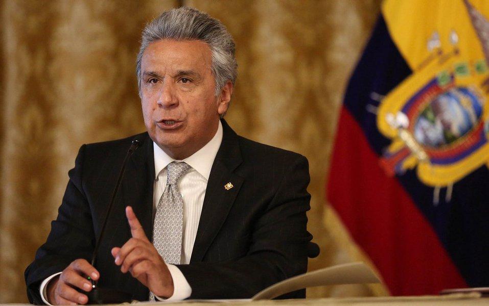 """O presidente do Equador, Lenín Moreno, disse nesta sexta-feira que o país obteve informações que confirmam as mortes de dois jornalistas e de seu motorista, que foram sequestrados no mês passado por rebeldes colombianos; """"Não recebemos prova de vida"""", disse Moreno em pronunciamento transmitido pela TV; """"E lamentavelmente temos informação que confirma os assassinatos dos jornalistas"""""""