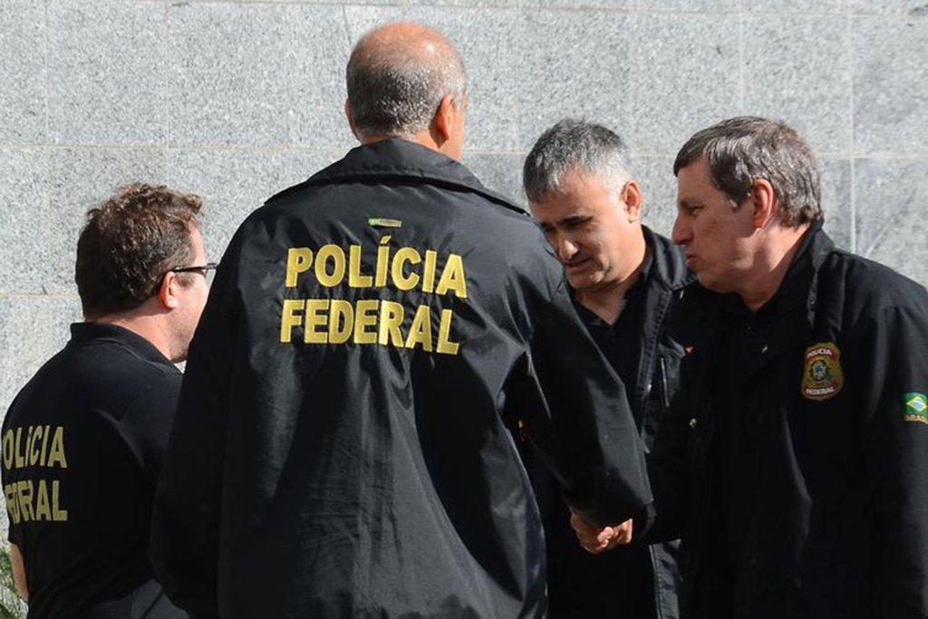 São Paulo - Polícia Federal cumpre mandados de busca e apreensão e de prisão da Operação Proteína, que investiga comércio irregular de anabolizantes e outras drogas (Rovena Rosa/Agência Brasil)