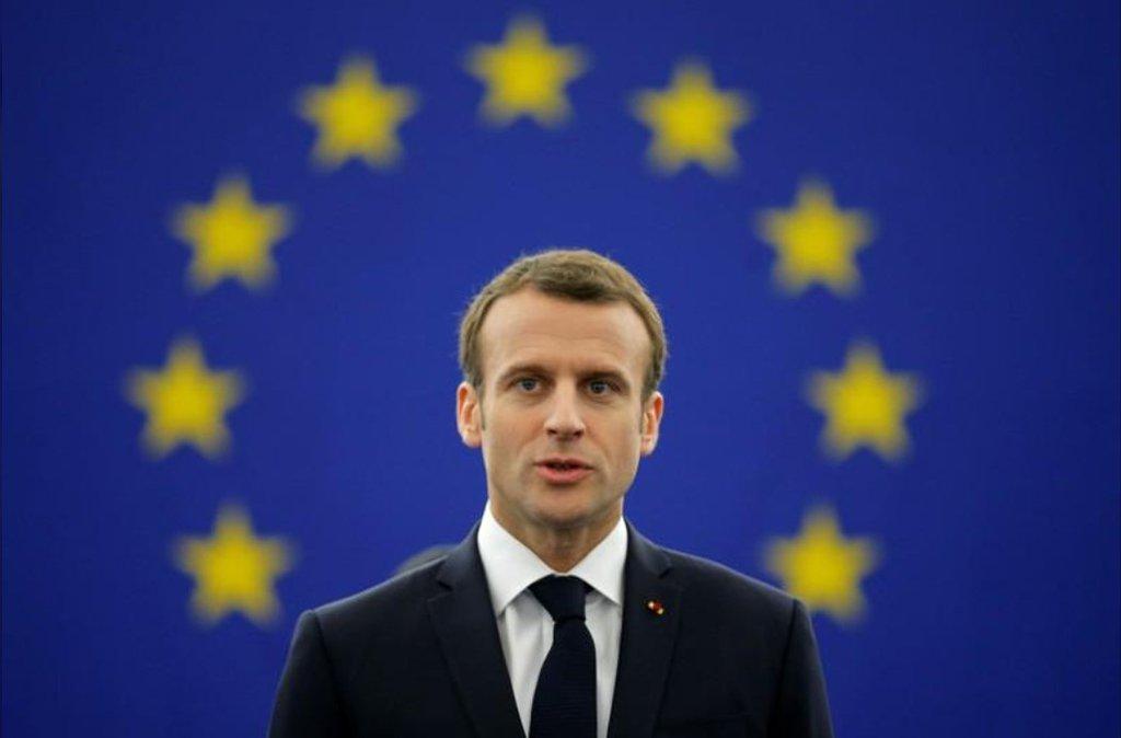 """O presidente da França, Emmanuel Macron, fez um apelo aos europeus para que não busquem refúgio no nacionalismo, mas fortaleçam a União Europeia como um bastião da democracia liberal contra um mundo desordenado e perigoso;Um """"nacionalismo egoísta"""" está ganhando terreno, disse Macron"""