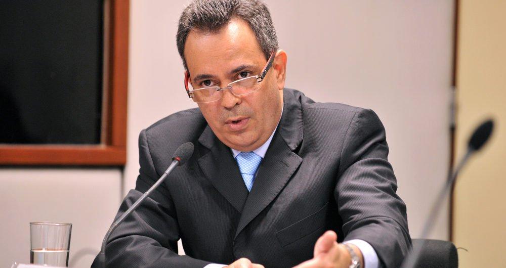 """Presidente do PDT baiano, o deputado federal Félix Mendonça Jr. acredita que o governador Rui Costa (PT) pode decidir pelo apoio a Ciro Gomes, pré-candidato do PDT à Presidência, caso Lula seja impedido de concorrer; na Bahia, o PDT faz parte da base de apoio ao governador; """"Esperamos que o PT agora tenha capacidade de apoiar o nosso partido, da mesma forma que apoiamos ele no passado"""", diz o deputado"""