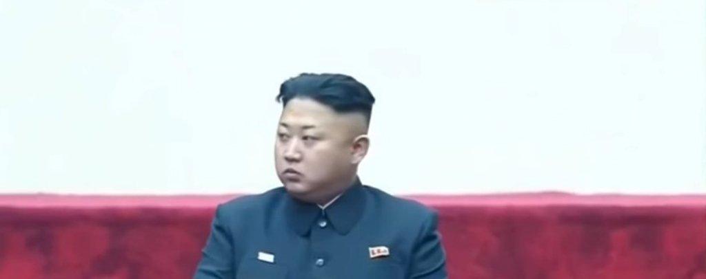 """Especialista em Coreias e membro da Academia de Ciências da Rússia, Konstantin Asmolov afirma que a """"Coreia do Norte até mesmo antes estava disposta a dialogar. A coisa nova é o que dizem agora: temos um programa completo das forças nucleares estratégicas. E isso mudou o balanço de forças, o Norte tem um plano B. Antes, asconversas dos norte-coreanos encontravam oposição de Washington: vemos pouca sinceridade, é um plano astucioso para ganhar tempo e afastar Seul de Washington"""""""