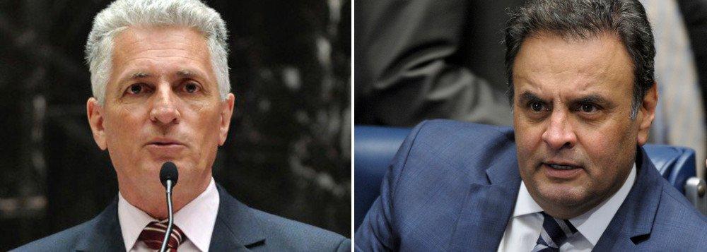 """O deputado estadual Rogério Correia (PT-MG) comentou neste domingo, 22, as novas denúncias contra o senador Aécio Neves (PSDB), principal articular do golpe parlamentar que arruinou a democracia no Brasil; """"Denunciei muita coisa dele, mas ao que tudo indica era só uma ponta de iceberg. Em relação ao Cabral , o playboy não ficará em segundo. Desta vez e no quesito corrupção, vai ser o primeiro"""", disse Correia"""