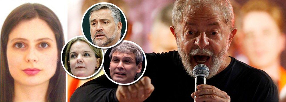 """Em nota, o PT bate duro najuíza Carolina Lebbos, que proibiu o médico do ex-presidente Lula de visitá-lo sob o pretexto de que não houve """"alegação de urgência""""; """"A decisão da juíza é mais uma arbitrariedade da Lava Jato contra o maior líder popular do país. É mais uma injustiça contra Lula. É uma atitude mesquinha e cruel. É um crime contra a humanidade, que terá repercussão internacional"""", diz o texto, assinado pela presidente nacional do partido, senadora Gleisi Hoffmann, e pelos líderes da sigla na Câmara e no Senado, Paulo Pimenta (RS) e Lindbergh Farias (RJ), respectivamente"""