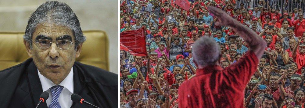 """O ex-ministro do Supremo Tribunal Federal Carlos Ayres Britto se manifestou contra a prisão do ex-presidente Lula; segundo o colunista Lauro Jardim, no programa de Roberto D'Avila que vai ao ar na noite desta sexta-feira, 20, Ayres Britto foi perguntado sobre a prisão de Lula e respondeu assim; """"Pois, é... Eu não teria prendido o Lula"""""""