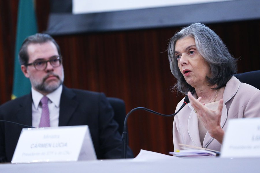 Carmen Lúcia e Dias Toffoli
