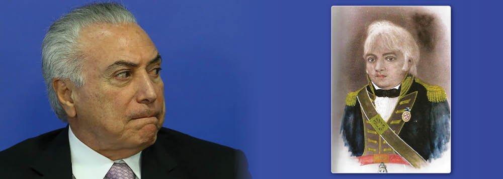 """""""Como se o Brasil estivesse necessitado ainda mais de realismo fantástico, o presidente da república incumbiu-se de oferecê-lo neste 21 de abril ao se comparar a Tiradentes em cadeia nacional de rádio e televisão. Mas talvez não seja descolamento da realidade mas apenas um equívoco, uma troca de Joaquins. Em vez de Tiradentes, o Joaquim José da Silva Xavier, talvez quisesse se referir a Joaquim Silvério dos Reis com quem guarda afinidades óbvias. No lugar do traído, o traidor"""", aponta o jornalista Ayrton Centeno, que traz semelhanças surpreendentes entre os dois traidores da pátria"""