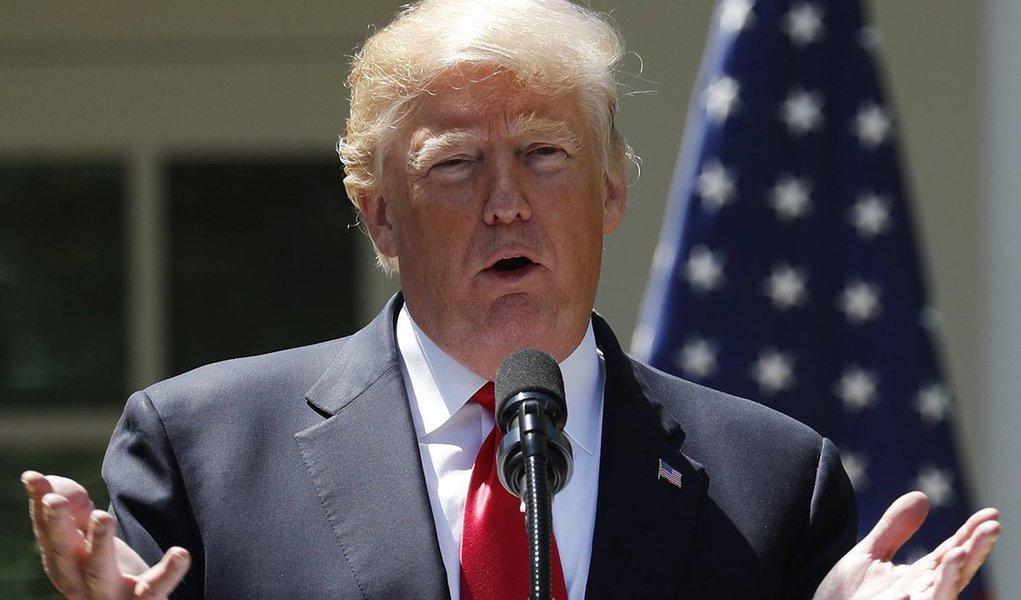 Trump faz discurso na Casa Branca 30/4/2018 REUTERS/Kevin Lamarque