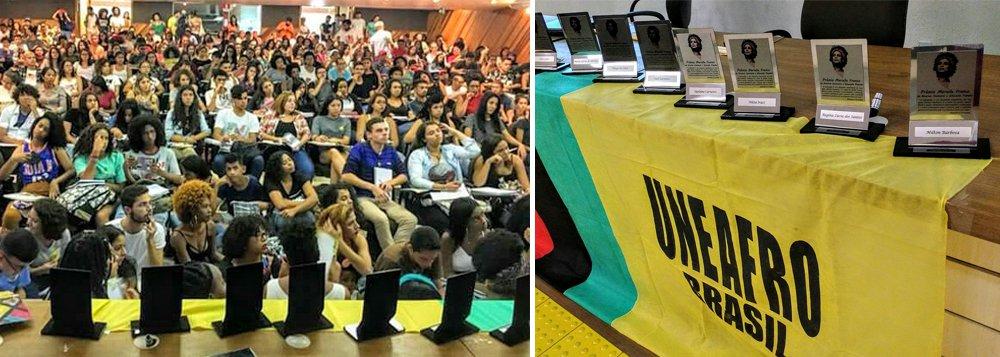 Um mês após o assassinato da vereadora Marielle Franco e de seu motorista Anderson Gomes, a Uneafro realizou, em São Paulo, a entrega do 1º Prêmio Marielle Franco homenageou personalidades e instituições que são referências para os movimentos contra o racismo, machismo e homofobia