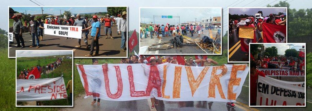 Um balanço do MST aponta que, desde as primeiras horas desta sexta-feira 6, mais de 50 pontos de rodovias foram bloqueados em todo o território nacional, seja nas capitais ou nos rincões mais distantes das zonas rurais; o MST anuncia que está mobilizando mais de 15 mil trabalhadores rurais, que prontamente reagiram com indignação ao anúncio da prisão do companheiro Lula;de acordo com o movimento, as mobilizações acontecem até agora em 16 estados