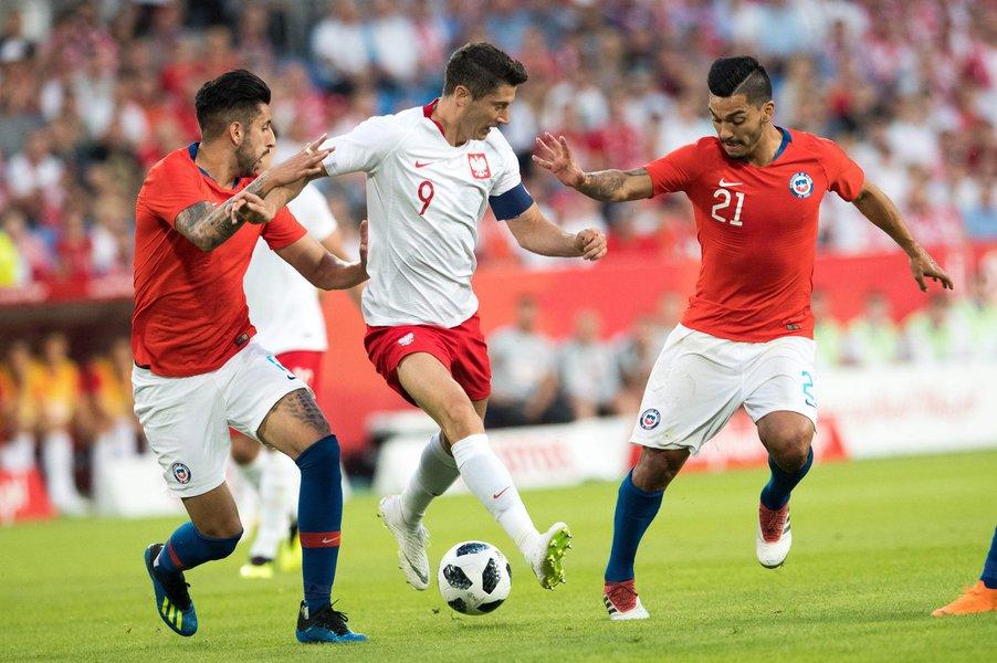 Para resgatar a tradição de décadas passadas, a Polônia chega à Copa do Mundo na Rússia apostando em um dos melhores camisa 9 do futebol contemporâneo. Cabeça de chave do grupo H, os poloneses têm a expectativa de fazer um bom papel dentro de campo