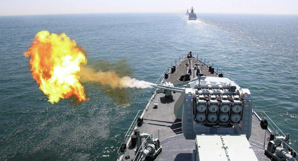 Quase 50 navios e submarinos, mais de 70 caças e 10 mil marinheiros foram postos em alerta pelo líder chinês no mar do Sul da China em preparação a manobras em grande escala no mar do Sul da China; ultimamente, os Estados Unidos têm agravado a situação em torno de Taiwan e o Ministério da Defesa chinês qualificou esta lei de interferência na política interna da China e uma ameaça ao desenvolvimento das relações entre as Forças Armadas dos dois países