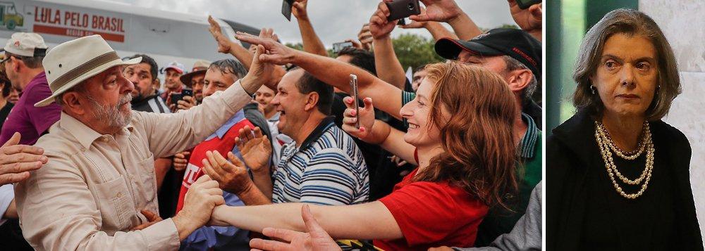"""""""Você que hoje celebra a eventual prisão de um brasileiro sem que haja PROVAS cabais contra ele, tem noção de que a nossa Constituição foi rasgada por quem deveria defendê-la? Você tem noção de que assistimos ontem a um espetáculo midiático, em que um grupo de homens e mulheres de preto negaram a um cidadão brasileiro um direito que deveria ser de todos, o de se defender em liberdade até a última instância?"""", questiona a jornalista Lucia Helena Issa; """"Você tem ideia de que o Fascismo na Itália começou negando as liberdades individuais, matando a esperança e sequestrando os direitos civis?"""""""