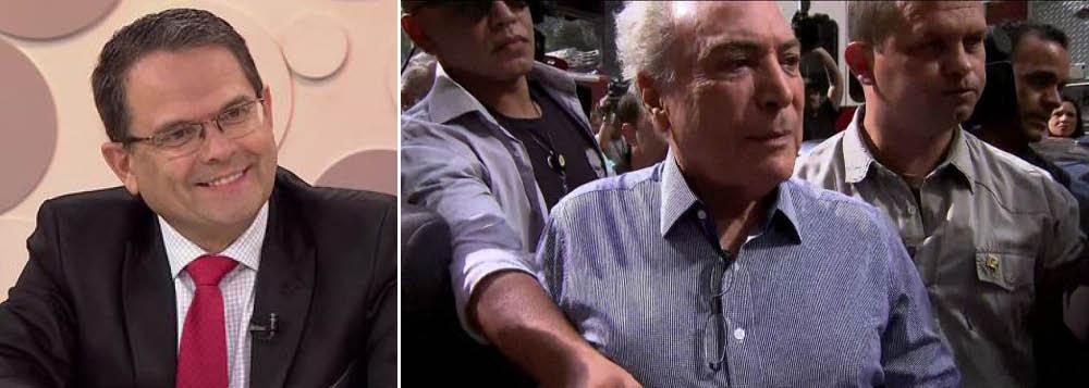 """""""O presidente Temer e o seu o primeiro escalão vão enfrentar dificuldades de andar na rua daqui para frente"""", escreveu o jornalista Sidney Rezende em seu tweet"""
