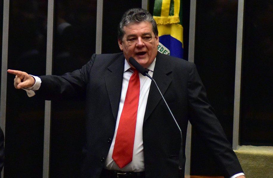 """O deputado federal Silvio Costa (Avante-PE) afirmou que o ex-presidente Fernando Henrique Cardoso (PSDB) """"tem cheiro dessa elite imbecil de São Paulo, que assaltou o País por 500 anos e que olhava para o Nordeste com nojo"""""""