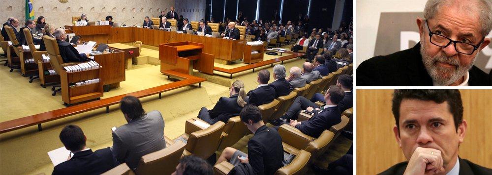 """""""O STF afirmou, em alto e bom som que é ele que vai decidir se Lula vai ser preso ou não e não a segunda instância, restabelecendo, assim, o princípio da hierarquia que vinha sendo arranhado desde a implantação da Lava Jato Sete ministros quebraram o tabu e brecaram a onda inquisitorial imposta pelo juiz Sérgio Moro e pela força tarefa do MPF"""", diz o colunista Alex Solnik; """"Cármen Lúcia e a sua minoria são capachosda Lava Jato, mas o STF, não"""""""