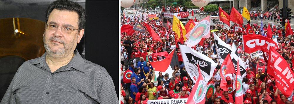 """Rui Costa Pimenta, presidente do Partido da Causa Operária (PCO), considera que o combate às agressões de grupos de extrema-direita é a união: """"a esquerda não pode recuar dos espaços públicos, é necessário a unidade para enfrentar o fascismo"""". assista a íntegra"""