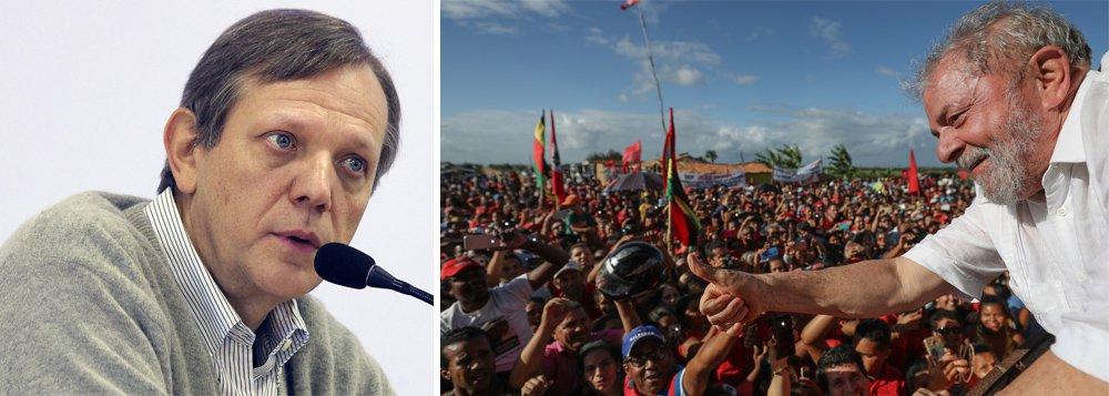 """O sociólogo e professor André Singer defende em sua coluna na Folha de S.Paulo deste sábado 28 que a esquerda deveunir forças para plantar as sementes da transformação; """"Com Lula preso, a tarefa de unificar a área popular se complica"""", diz ele"""