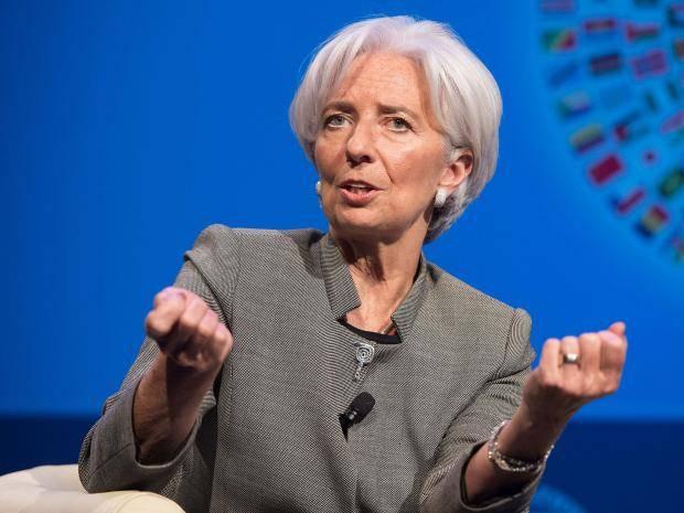 """""""Precisamos segurar o Brasil corrupto, senão ele elege Lula"""", é o que Christine Lagarde, diretora presidente do FMI, a voz econômica de Washington, no fundo quer dizer, quando defende que, a partir de agora, o FMI vai atacar a corrupção dentro do estado, para aumentar produtividade da economia"""