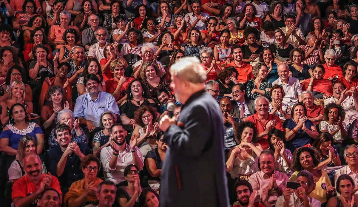 Ex-presidente Lula em ato com artistas e intelectuais no Rio de Janeiro. Foto Ricardo Stuckert