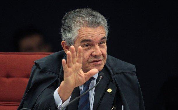 A luta não acabou. Está começando. Mesmo que os ministros se acovardem. A responsabilidade de prender um líder popular como Lula sob argumentos e provas frágeis para tirá-lo de uma eleição que venceria com um pé nas costas é uma loucura e produzirá resultados condizentes