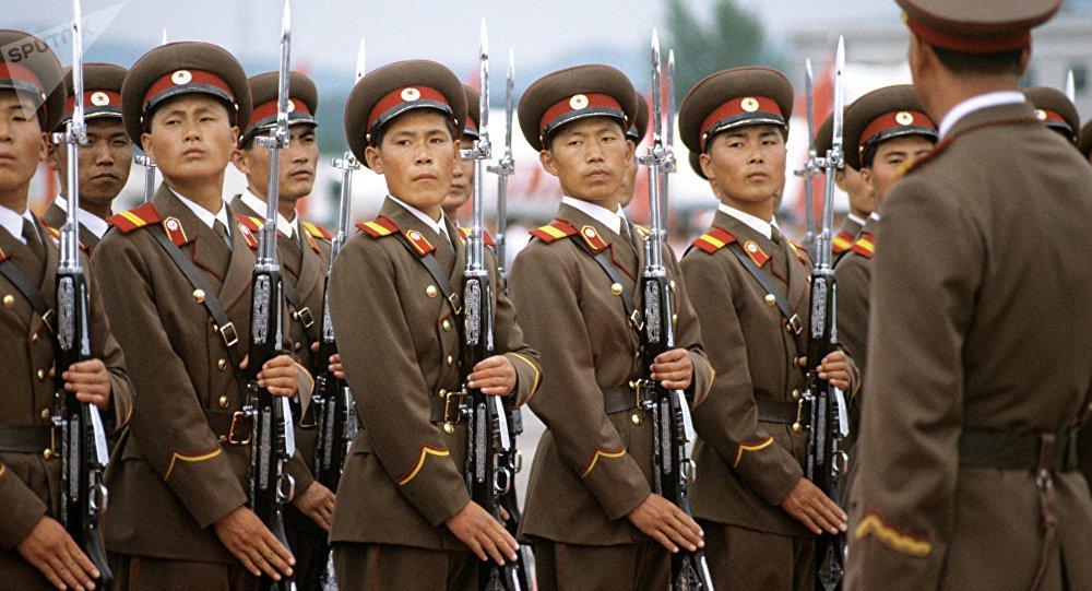 """Os EUA não deixaram passar no Conselho de Segurança da ONU o projeto de declaração da China e Rússia em apoio ao progresso na resolução da situação na península coreana, informou o porta-voz da missão permanente da Rússia na ONU, Fyodor Strzhizhovsky; """"A decisão dos EUA de suspender os trabalhos sobre a iniciativa sino-russa sem qualquer discussão entre os membros do Conselho de Segurança da ONU coloca questões sobre as verdadeiras intenções de Washington em meio ao degelo nas relações intercoreanas"""", notou a missão diplomática russa"""