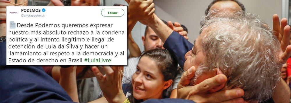 """""""Nós, do Podemos, queremos expressar nosso mais absoluto rechaço à condenação política e à tentativa ilegítima e ilegal de detenção do ex-presidente Lula e faz um chamamento ao respeito à democracia e ao Estado de Direito no Brasil"""", diz nota assinada pelo partido espanhol; leia a íntegra"""