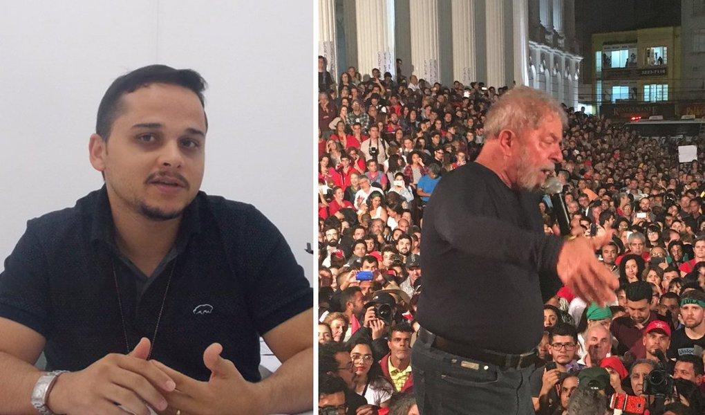 """Em nota à imprensa, o delegado de polícia Wilkinson Fabiano Oliveira de Arruda confirma que os tiros contra os ônibus da caravana de Lula no Paraná configuram tentativa de homicídio; """"Não há precipitação alguma em concluir o óbvio"""", diz ele no texto; Arruda foi tirado do caso depois de ter dado declarações a jornalistas nesta linha"""