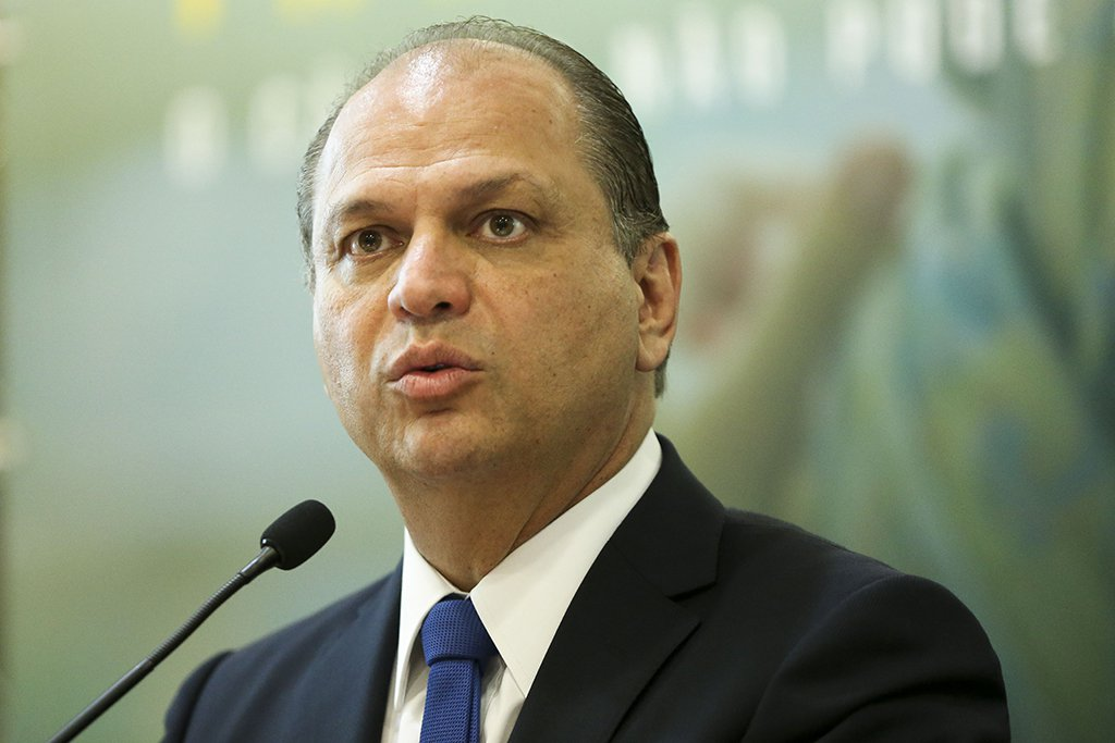 Brasília - O ministro da Saúde, Ricardo Barros, anuncia a inclusão de novos hospitais no Plano de Expansão da Radioterapia ( Marcelo Camargo/Agência Brasil)