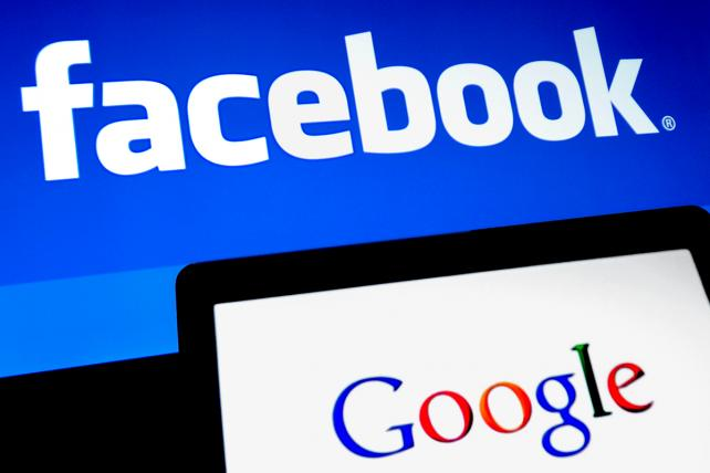 A sociedade regula produtos que criam vícios, nós temos leis para prevenir a discriminação e a manipulação de eleição; no entanto, nenhuma dessas regulações e leis foram ainda aplicadas ao Facebook e ao Google. Chegou a hora