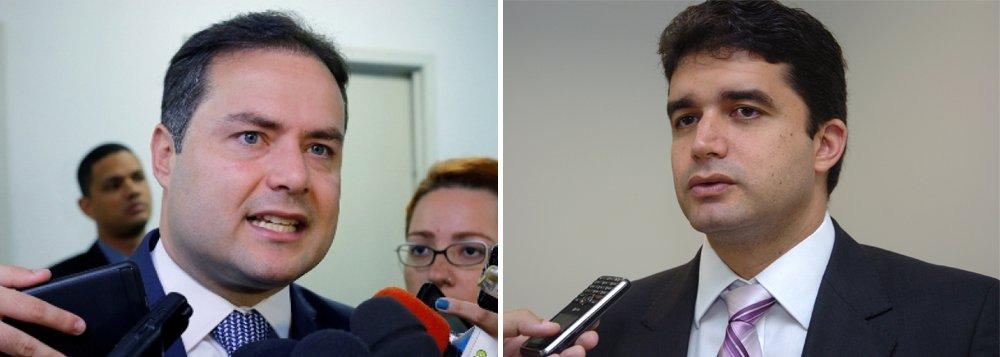 A montagem das chapas majoritárias está avançando rapidamente e com estratégias bem diferentes entre os dois principais grupos da política de Alagoas – especialmente na definição dos nomes para o Senado; o grupo do governador Renan Filho (MDB) trabalha para ter, além de Renan Calheiros (MDB) e Marx Beltrão (MDB), mais dois ou três nomes na disputa; já no do prefeito Rui Palmeira (PSDB), caso ele seja candidato, o senador Benedito de Lira (PP) quer ser candidato único da oposição