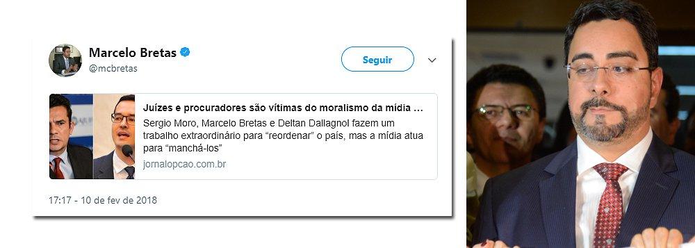 O juiz federal Marcelo Bretas voltou a utilizar sua conta no Twitter; o magistrado que foi bastante criticado por acumular junto com a esposa dois auxílios-moradia, mesmo com imóvel próprio, compartilhou artigo do jornal Opção, de Goiânia, dizendo que Juízes e procuradores são vítimas do moralismo da mídia que se cansou da Lava Jato; seguidores não perdoaram; confira algumas reações