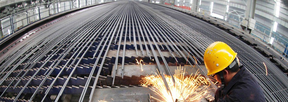 A decisão do Presidente norte-americano de taxar em 25% a importação de aço é um tiro certeiro no setor de mineração brasileiro. Somos uma das potências mundiais da extração e venda da commoditie e os EUA são nossos maiores compradores
