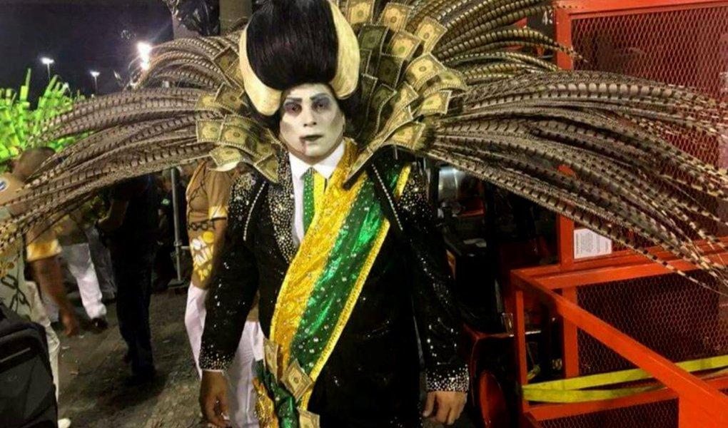 A escola pode até não vencer o disputado carnaval carioca, mas já causou frisson e constrangimento. Como registrou o crítico de televisão Maurício Stycer, do UOL, a Tuiuti deixou na defensiva os apresentadores da Globo – a principal protagonista do golpe dos corruptos que depôs Dilma Rousseff e alçou ao poder a quadrilha de Michel Temer
