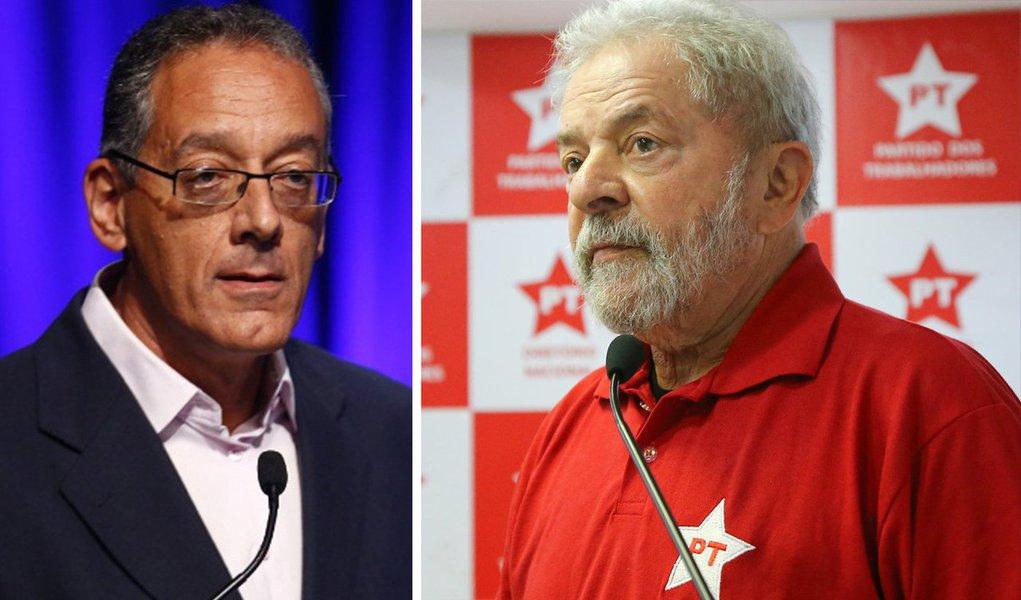 O professor Gilberto Maringoni analisa as possibilidades da esquerda após a segunda condenação de Lula; para Maringoni, tanto os pedidos de desobediência civil quanto os apelos para ignorar a sentença do TRF4 e partir para o enfrentamento nas ruas não serão bem-sucedidos; para ele, o pragmatismo de Lula ao percorrer o país para ser candidato - ou apontar um substituto - pode ser mais certeiro e ser vitorioso no pleito de 2018
