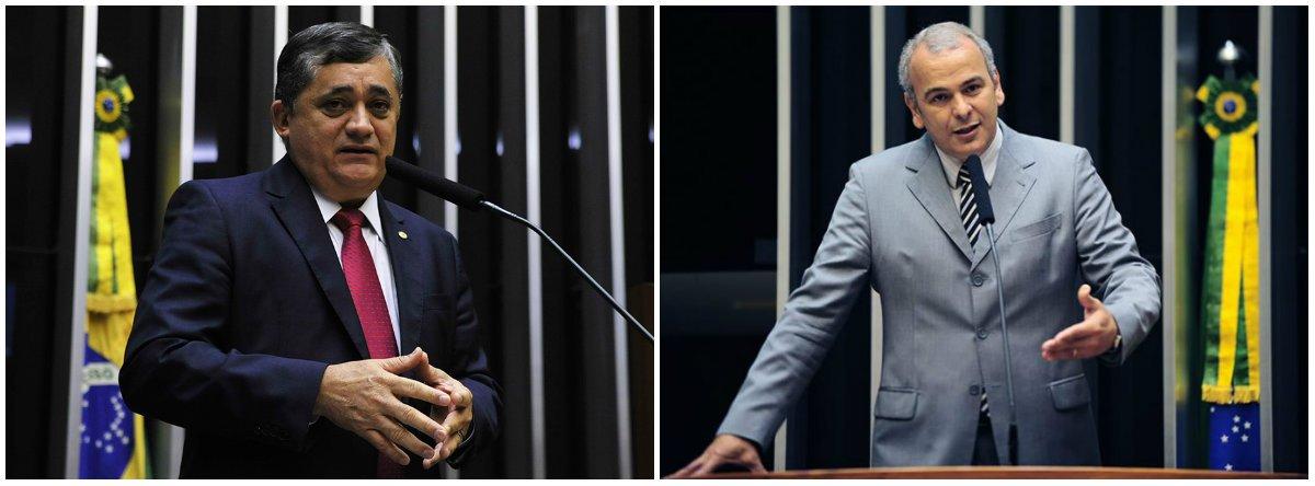 """Após Michel Temer anunciar a criação do Ministério da Segurança Pública, o deputadoo líder do PSB na Câmara, deputado Júlio Delgado (MG) - à dir., na foto -, disse que a medida """"nada mais é do que uma solução improvisada, sem planejamento algum e que vai garantir a autorização para aumento de despesas pela União""""; para o líder da Minoria na Câmara, José Guimarães (PT-CE), disse preferir """"o caminho democrático de prevenção e ações ostensivas a medidas extremas como essa intervenção decretada recentemente"""", reclamou Guimarães, numa referência à situação do Rio"""