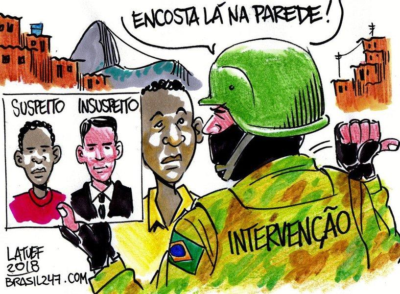 O chargista Carlos Latuff criticou nesta terça-feira, 27, a operação do Exército que está fotografando os moradores de comunidades do Rio de Janeiro, na intervenção militar decretada na Segurança Pública