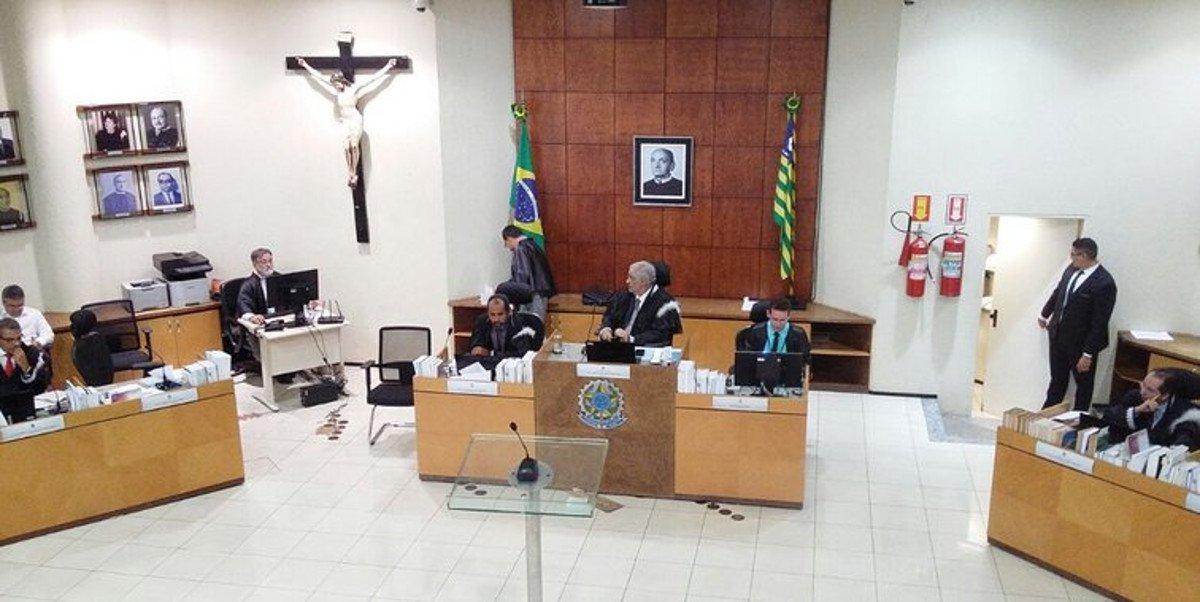 O Tribunal Regional Eleitoral do Piauí (TRE-PI) manteve a sentença do juiz da 37ª Zona Eleitoral pela desaprovação das contas do Partido Social Cristão (PSC) referente a campanha das eleições de 2016 nesta nesta segunda-feira (05); o juiz eleitoral desaprovou as contas do PSC em razão de ausência de lançamento de receitas e despesas estimáveis com contador e advogado e omissão de informações referentes à movimentação financeira da campanha eleitoral