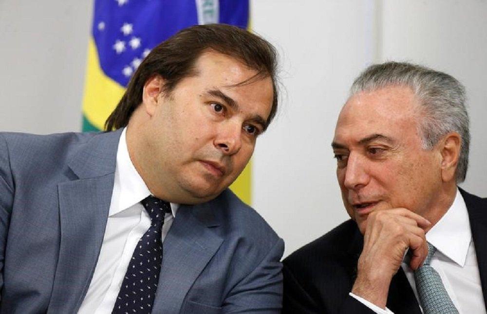 Presidente Temer conversa com Maia no Palácio do Planalto 26/10/2017 REUTERS/Adriano Machado
