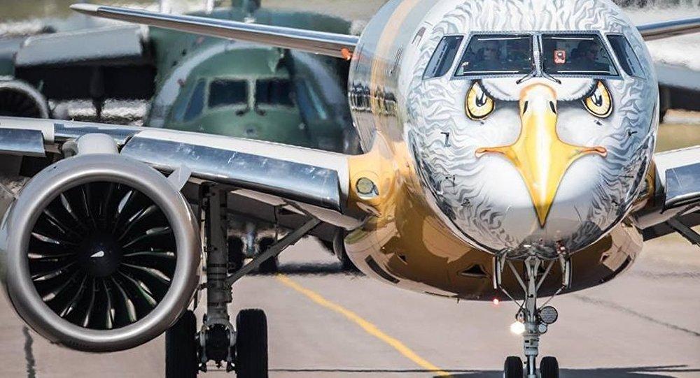 A Boeing apresentou na semana passada um projeto, segundo o qual a companhia norte-americana controlaria entre 80% e 90% de uma empresa, que seria criada para adquirir praticamente toda a área de aviação comercial da Embraer; a Boeing pretende incorporar tanto a produção de jatos regionais, quanto executivos e o projeto foi bem recebido pelo governo