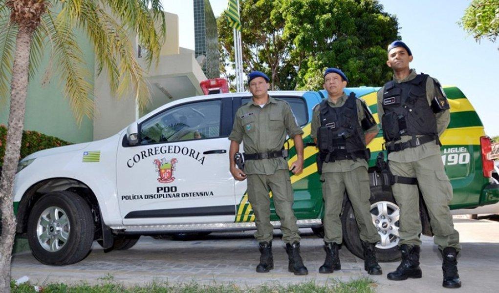 O Piauí foi o estado do Nordeste que mais reduziu o número de assassinatos em 2017, em relação ao ano de 2016; enquanto a região como um todo registrou um recorde de 17.913 assassinatos no ano passado, contra 15.077 no ano anterior, no Piauí, a redução foi de 705 para 649 mortes violentas