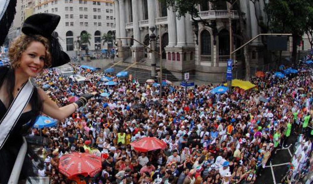 O Cordão da Bola Preta foi fundado em 1918 e é o remanescente dos antigos cordões carnavalescos que existiam no Rio de Janeiro, no início do século 20 e traz uma história de resistência; já na estreia, em uma época de repressão ao carnaval, autoridades tentaram impedir o desfile; o centro do Rio de Janeiro foi tomado hoje (10) pela multidão e os organizadores esperavam 1,5 milhões de pessoas