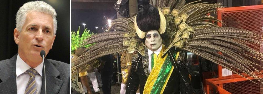 """É o que se comenda nos bastidores do mundo carnavalesco, segundo o deputado estadual Rogério Correia (PT-MG); """"Cheiro de golpe no carnaval do Rio"""", diz ele"""