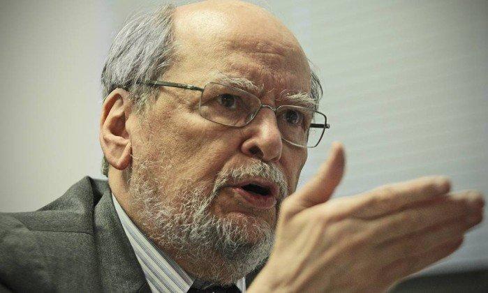 Está correto Sepúlveda ao concluir que, sobretudo, os critérios políticos estão por trás do julgamento de Lula, configurando campanha contra ele semelhante à que sofreu o nacionalista Getúlio Vargas