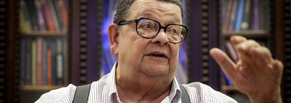 """O economista Antonio Delfim Netto não vê riscos graves com as tensões no país, diante do resultado do julgamento do ex-presidente Lula. Aos 89 anos, ele diz que as ameaças de conflitos severos não devem ser levadas a sério; """"Essa ideia de que vai ter sangue, guerra civil, é conversa mole"""", disse. """"Estão transformando 24 de janeiro de 2018 em 14 de julho de 1789"""", afirma, em referência ao Dia da Queda da Bastilha; Delfim ainda afirmou que """"Lula é um reacionário muito bem colocado, com a cabeça no lugar, de forma que, se disputar a eleição, vai ser uma parada"""""""