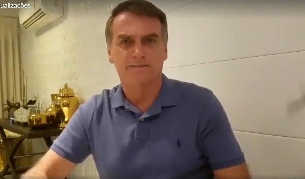 """Deputado publicou vídeo negando nota do colunista Lauro Jardim, do Globo, que noticiou que ele pregou a mil executivos em um evento na semana passada """"metralhar a Rocinha"""" como solução para a criminalidade; """"Isso é uma insanidade, uma loucura alguém escrever uma coisa dessas. Espero que você se retrate dessa infâmia, dessa covardia"""", afirma; assista"""
