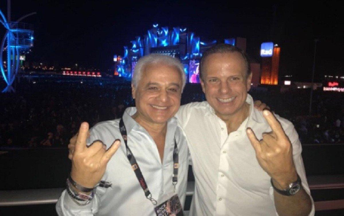 Os auditores viram pelo menos três irregularidades no contrato que a gestão tucana assinou com a empresa Dream Factory, da família Medina; a empresa também gerencia a marca Rock in Rio, onde Doria esteve em setembro