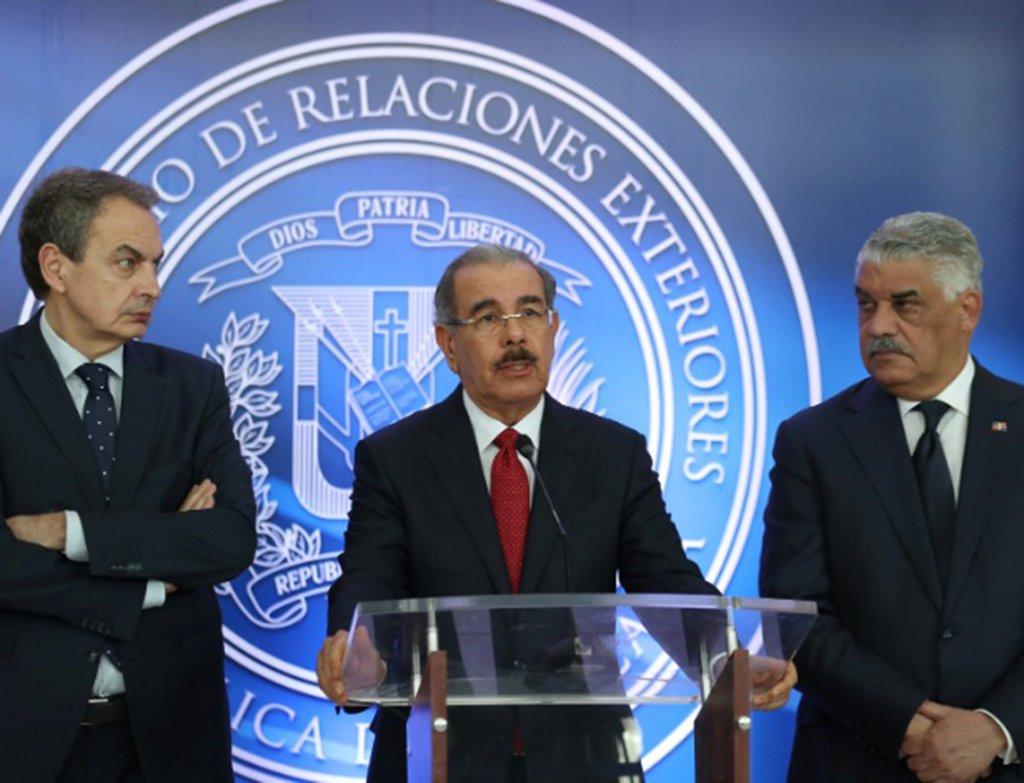 """O presidente da República Dominicana, Danilo Medina, informou que o diálogo entre o governo e a oposição da Venezuela, que está sendo realizado em Santo Domingo, entrou em um """"recesso indefinido"""" depois que as partes não chegaram a um acordo definitivo"""